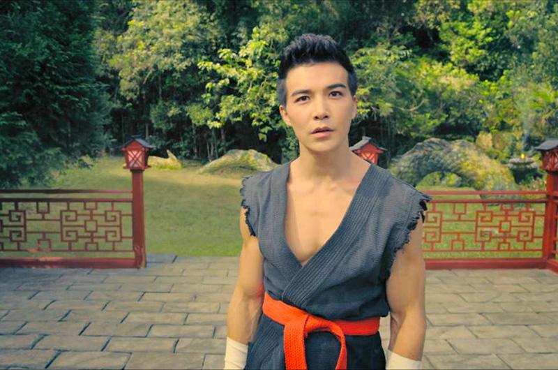 Ludi lin in Netflix Original Black Mirror Striking Vipers